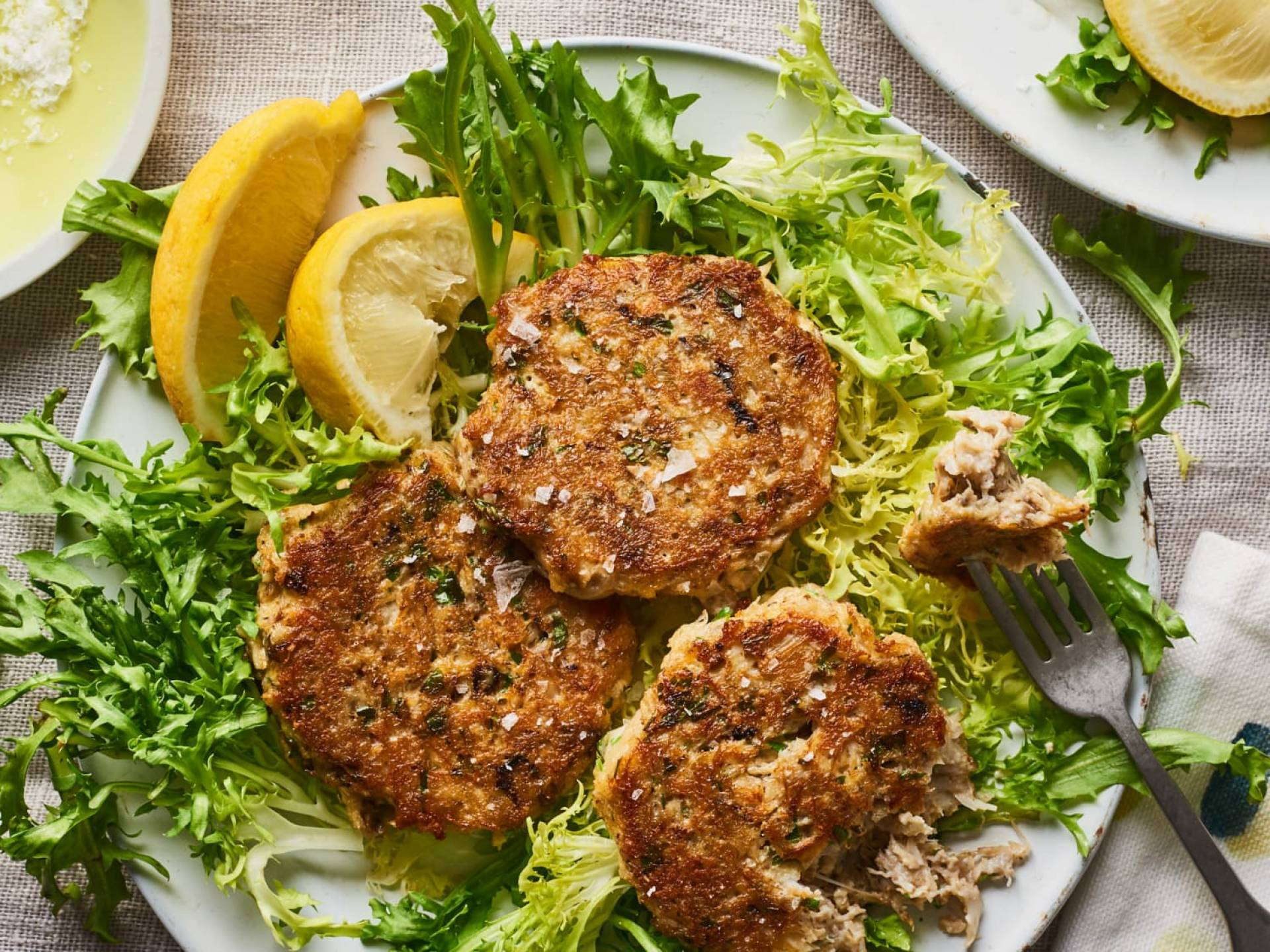 Whole30 Crab Cakes